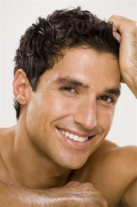 men facial wax jpg 680x1024